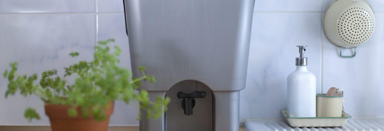 Avfall från köket och trädgården är rent guld för dina växter. Med komposter från Greenline blir avfallet en tillgång i ett helt eget kretslopp också under årets kalla säsong. GreenLine har komposter för alla behov! www.greenline.eu